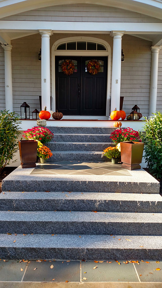 Woodbury Gray granite step, stoop, granite entry, entry steps, staircase