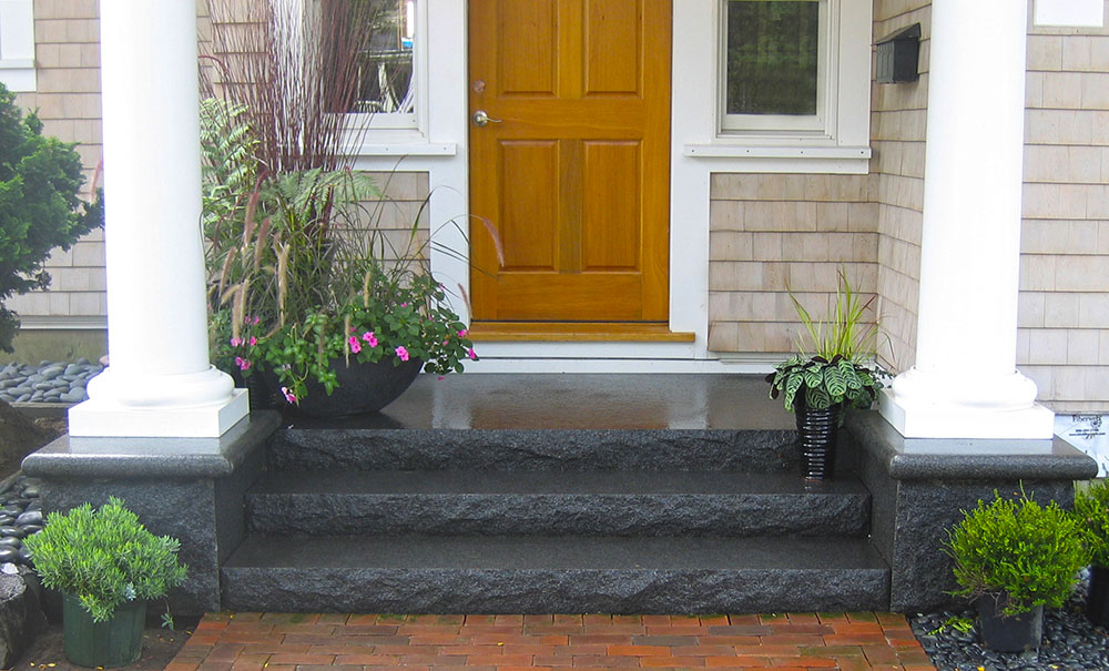 Cambrian Black granite steps, entry steps, curb appeal, granite steps, Swenson Granite Works